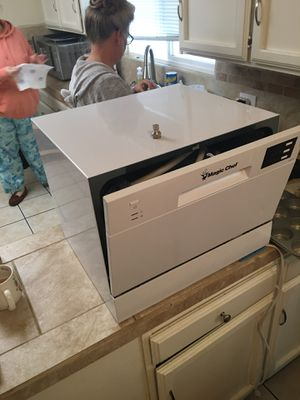 Magic Chef Countertop Dishwasher for Sale in Modesto, CA
