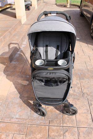 Graco SnugRide SnugLock 35 Stroller & Infant Car seat for Sale in Pasadena, CA