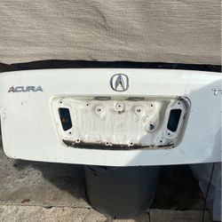 04-08 Acura TL Trunk for Sale in National City,  CA