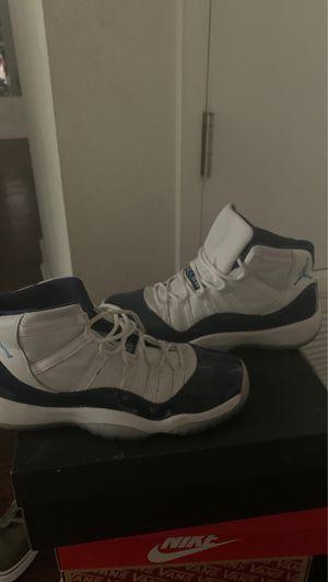 Jordan 11 retro size 7 (Navy) for Sale in Carson, CA