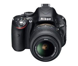 Nikon D5100 DSLR with two kit lenses for Sale in Dallas, TX