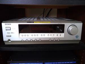 Onkyo 5.1 650 W Home theatre system for Sale in Novi, MI