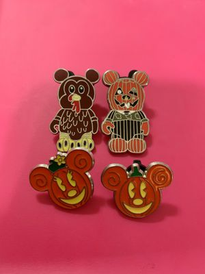 4 Disney Parks Authentic Trading Pins for Sale in Glendale, CA