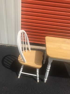 Kids table and chairs for Sale in Frederick, MD