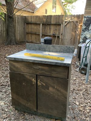 """Kitchen cabinets (2 left now; identical) 35"""" 40.,00 ea for Sale in Houston, TX"""