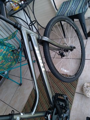 Women's Trek Verve mountain bike for Sale in Sebring, FL