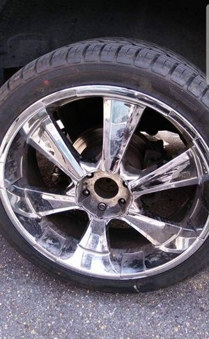 24 in rims for Sale in Montpelier, MD