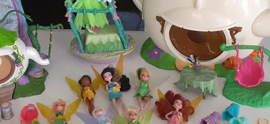 TINKER BELL FRIENDS PLAY SETS PLUS for Sale in West Palm Beach,  FL