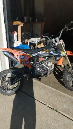 125cc dirt bike for Sale in Fort Washington,  MD
