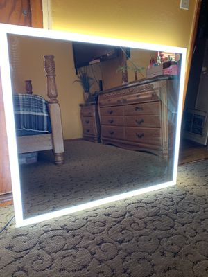Large led mirror. for Sale in Compton, CA