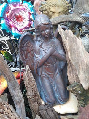 Large fiberglass Angel garden decor for Sale in Dunedin, FL