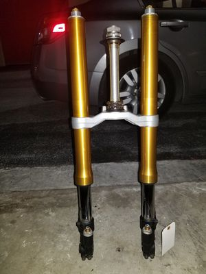 2015 Yamaha r6 fork good condition no leak or bend ready put on for Sale in Medley, FL