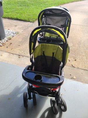 Baby Trend sit and stand double stroller for Sale in Virginia Beach, VA