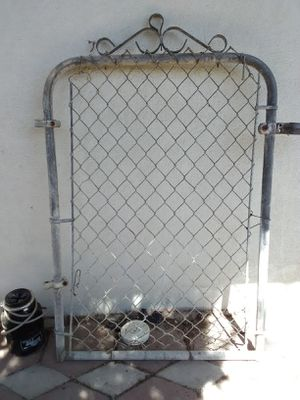 4 ft. Chain link gate for Sale in Delano, CA