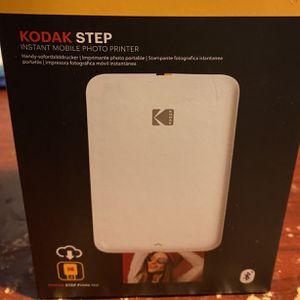 KODAK STEP INSTANT MOBILE PHOTO PRINTER for Sale in Miami, FL