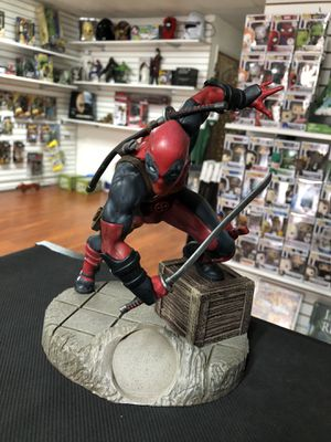 "Deadpool Alterego Marvel Finders Keypers Statue 7"" Inch for Sale in La Habra, CA"