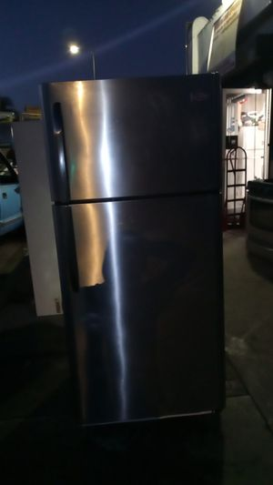 Frigidaire stainless steel top & bottom refrigerator delivered & installed with a 30 day warranty for Sale in Los Angeles, CA