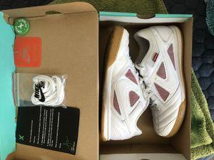 Nike Supreme Gatos size 9 for Sale in Murrieta, CA