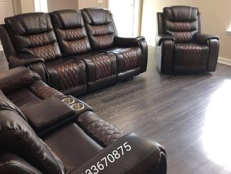 GENUINE LEATHER SOFA 🛋LOVESEAT AND ROCKER POWER RECLINING HAS USB CASH ONLY for Sale in Houston,  TX