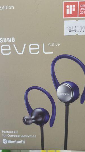 Samsung Electronics wireless headphones for Sale in Richmond, VA