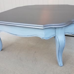 Bassett Furniture Vintage Coffee Table for Sale in Rolesville, NC