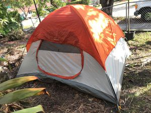 Wakamba camping tent for Sale in Miami, FL