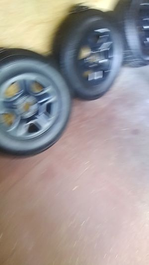 Tires 245 75 r 17 new for Sale in Savannah, GA