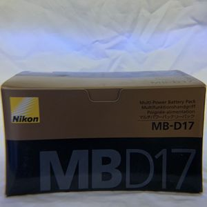 Nikon Multi-Power Battery Pack MB-D17 for Sale in Las Vegas, NV