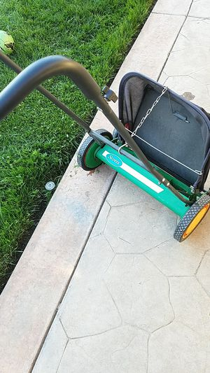 Scott's push lawnmower for Sale in Lodi, CA