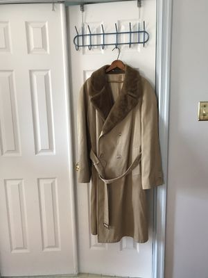 Men's winter weight lined trench coat for Sale in North Potomac, MD