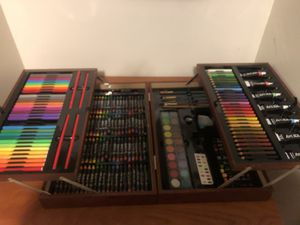 Art case and supplies for Sale in Davie, FL
