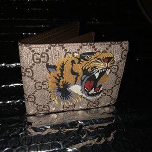 Gucci Tiger Monogram Wallet for Sale in Woodbridge, VA