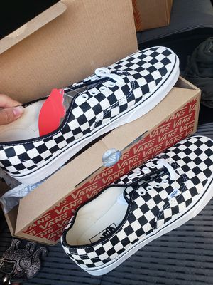 Mens Vans size 11 for Sale in Lakewood, CO