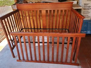 Need a baby crib? for Sale in Albuquerque, NM