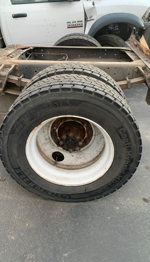 Continental 275/70 R 22.5 for Sale in Fresno, CA