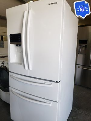 😍😍Refrigerator Fridge Samsung White 33 in. Wide #1424😍😍 for Sale in Riverside, CA