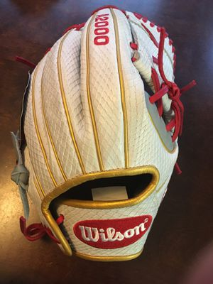 Wilson A2000 12 inch Fastpitch softball glove $225 for Sale in Chino, CA