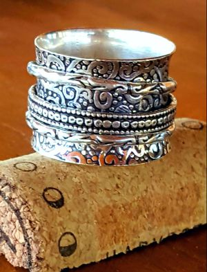Beautifully hand-crafted sterling silver spinner ring - size 7 for Sale in Huntington, TX