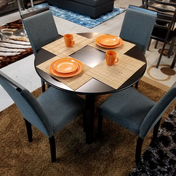 "Brand New 42"" Round Dining Table + 4 Chairs Included. EZ Payment Plans Available! No Credit Needed!"