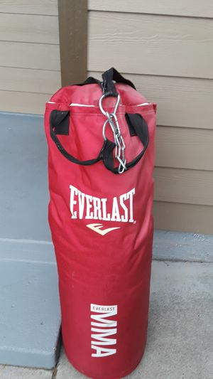 Everlast MMA punching/ kicking bag in decent shape. Very heavy for Sale in Salem, OR