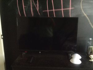 23 inch tv for Sale in Holland, MI