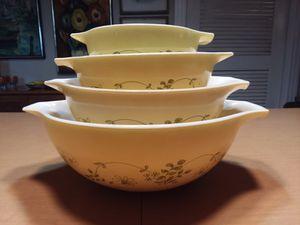 """Vintage 1960s """"4"""" Pyrex Shenandoah Cinderella Nesting Bowls-Complete Set for Sale in Orlando, FL"""