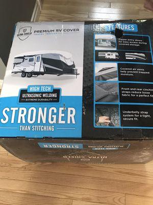 "Camco ultra shield premium RV cover fits trailer 26'-28'6"" for Sale in Port Orchard, WA"