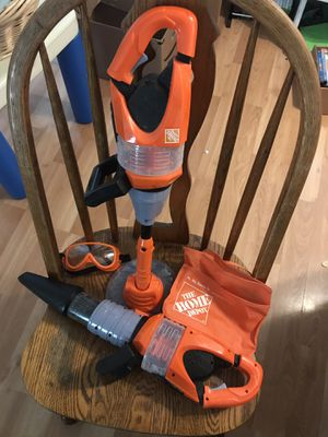 Toy Home Depot Leaf Blower and Weed Trimmer for Sale in Leesburg, VA