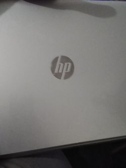 Hp 17.3 Mineral Silver Laptop for Sale in Fresno,  CA
