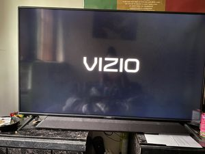 50 inch Visio Smart Tv & Vizio SoundBar for Sale in Larksville, PA