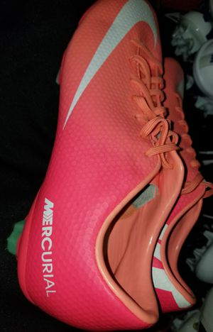 Brand New Girls Nike Mercurial Vapor Soccer Cleats Women Sizes 7, 7.5, 9.5 for Sale in West Covina, CA