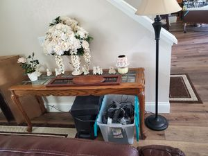 Coffee table, 2 end tables and sofa table for Sale in Riverside, CA