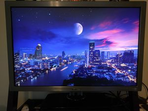 "Dell UltraSharp 3008WFP 30"" 2560x1600 monitor for Sale in Chagrin Falls, OH"
