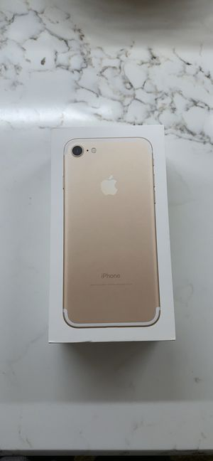 iPhone 7 in Gold, 32GB for Sale in Chicago, IL